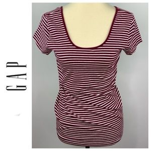 Gap Red and White Stretch Scoop Neck Tee Large
